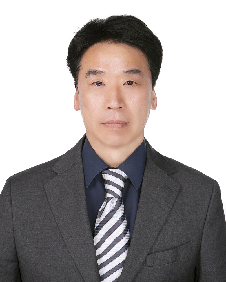 Kwan-Hoe Choi / Senior Managing Director
